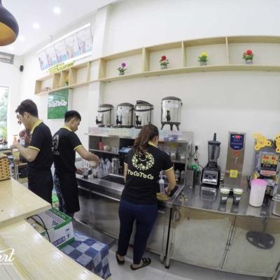 Trang trí cửa hàng trà sữa 25