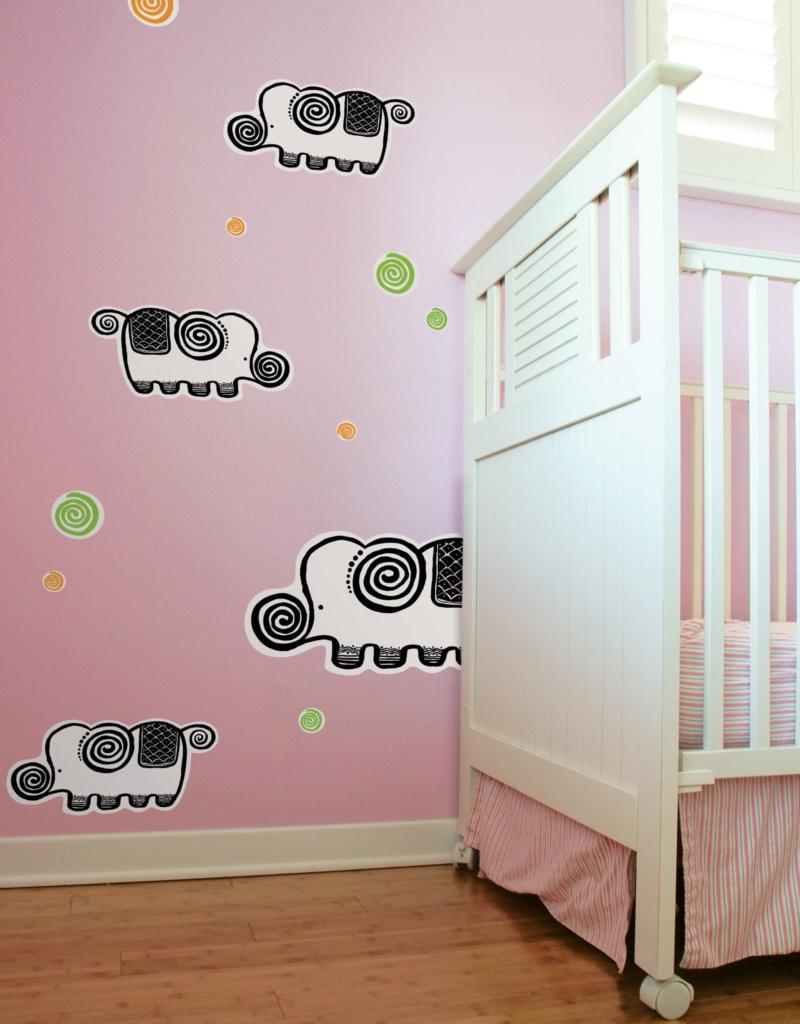 Decal phòng bé gái đơn giản nhẹ nhàng