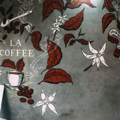 Vẽ tranh tường quán cafe LẠ 11